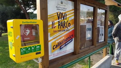 Loano, inaugurato ieri un nuovo defibrillatore al parco Don Leone Grossi (FOTO)