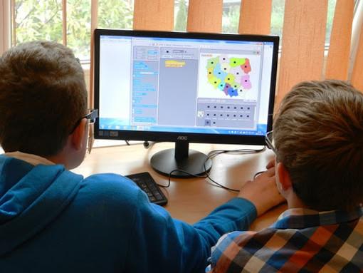 Venerdì 5 giugno le scuole liguri si sfidano per creatività e capacità di innovare la didattica con il digitale