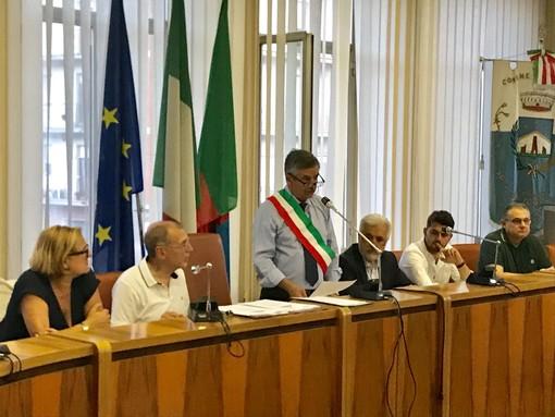 """Cengio, ieri il primo Consiglio comunale dell'era Dotta: """"Sarò il sindaco di tutti"""" (FOTO)"""