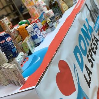 """Iniziativa """"Dona la Spesa"""": le associazioni savonesi raccolgono 110 colli di generi alimentari"""