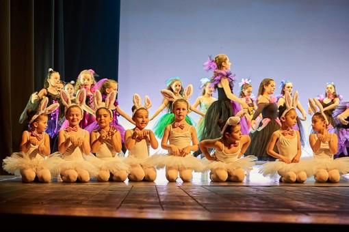 """L'Accademia di Danza """"Il Cigno"""" Spotorno & Bergeggi compie 25 anni"""