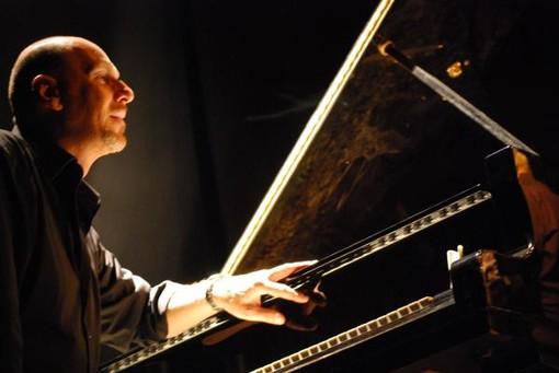 """Rollo di Andora: il 17 agosto il """"251 Jazz Trio"""" chiude """"Note tra gli Ulivi"""""""