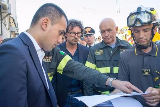 """Crollo del ponte Morandi, Di Maio: """"Avviate le procedure per il ritiro della concessione ad Autostrade. Controlleremo tutti i viadotti"""""""