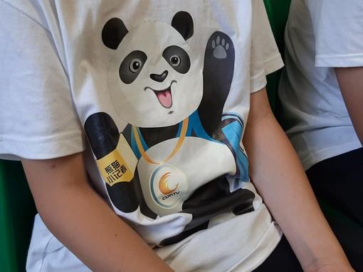 """La Cina e Vado Ligure a braccetto grazie anche ai piccoli giornalisti del progetto """"Little Panda"""""""