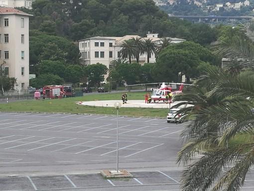 Motociclista cade a Piana Crixia: trasportato in elicottero al Santa Corona