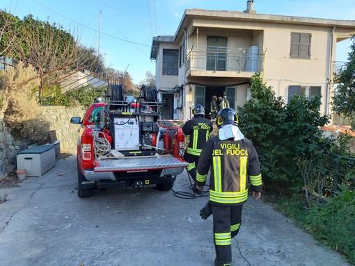 Albisola Superiore: esplosione in una abitazione, una persona ferita (FOTO)