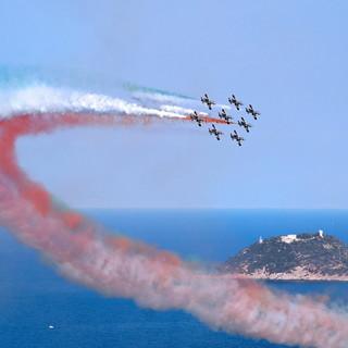 Slitta l'appuntamento con le Frecce Tricolori nei cieli del ponente ligure: a maggio 2022 6 giorni di air show