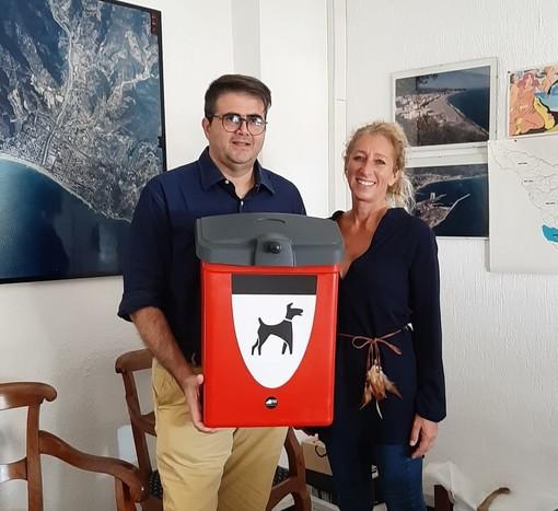 Albissola Marina, in arrivo 24 nuovi cestini per la raccolta delle deiezioni canine