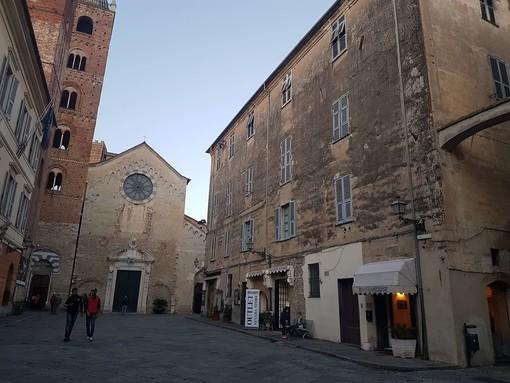 Albenga: al via il restauro della Condominio San Michele, la piazza cambierà volto