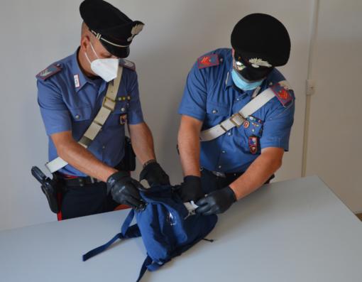 Pizzicato con 21 dosi di ecstasy nello zainetto: 24enne cuneese arrestato in stazione a San Giuseppe di Cairo