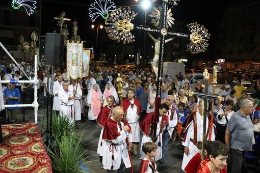 Alassio, tradizionale processione per la Festa di Sant'Anna (FOTO)
