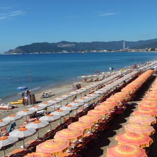 """Fratelli d'Italia: """"Grazie all'assessore Berrino per lavoro su aumento disponibilità posti spiagge liguri"""""""