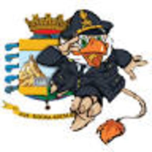 """Albenga: """"Finzy"""", la mascotte della Guardia di Finanza, con ANT per una raccolta fondi"""