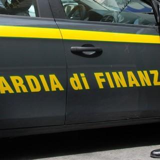 Savona: ex promotore finanziario arrestato dalla Guardia di Finanza per abusivismo finanziario, truffa e autoriciclaggio