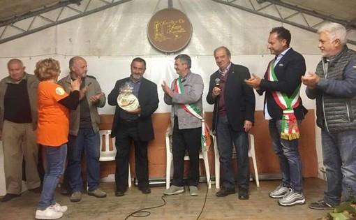 Gemellaggio tra cipolla ripiena di Roccavignale e zucca di Rocchetta di Cengio (FOTO)