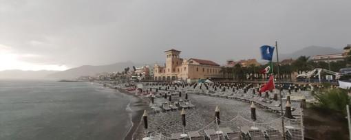 Il maltempo colpisce il savonese: grandine a Finale, Pietra e Loano (FOTO e VIDEO)