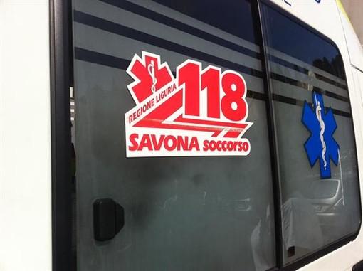 Varazze, scontro tra auto e moto in via Genova: due persone in codice giallo