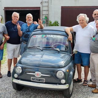 Manca spazio per conservare la vecchia Giardiniera del padre defunto: ci pensa il Fiat 550 Club d'Italia di Garlenda