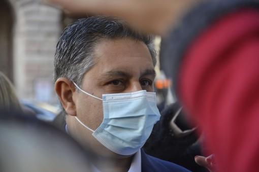 """Covid, scende ancora l'incidenza del virus in Liguria. Toti: """"In settimana effettuate oltre 16 mila vaccinazioni, mai così numerose"""""""