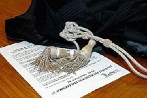 Savona: detenzione di anabolizzanti e droga, condannato a un anno