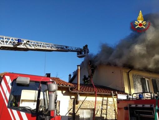 Domato l'incendio dell'abitazione di Andora, ma la casa è attualmente inagibile