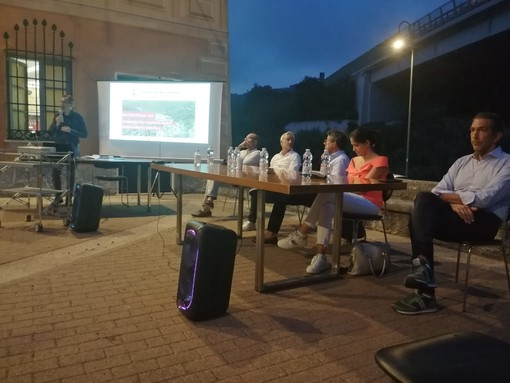 Riduzione dei rumori dal viadotto e nuovo svincolo: Orco Feglino chiede soluzioni per i problemi dell'A10