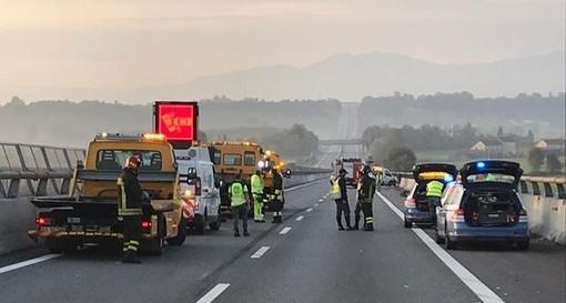 Due gravi incidenti sulla Torino-Savona nei pressi di Marene: autostrada chiusa, traffico paralizzato