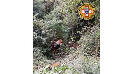Stella, trattore si rovescia, 40enne trasportato al Santa Corona in codice giallo