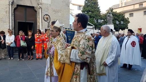 Albenga, messa di insediamento del Vescovo Borghetti (FOTO e VIDEO)