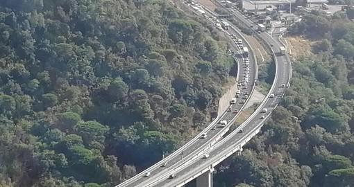 Incidente sulla A10 tra Spotorno e Feglino: disagi al traffico