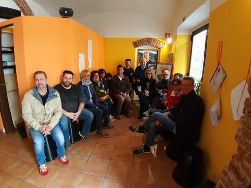 Quiliano: il candidato sindaco Nicola Isetta presenta la sua squadra