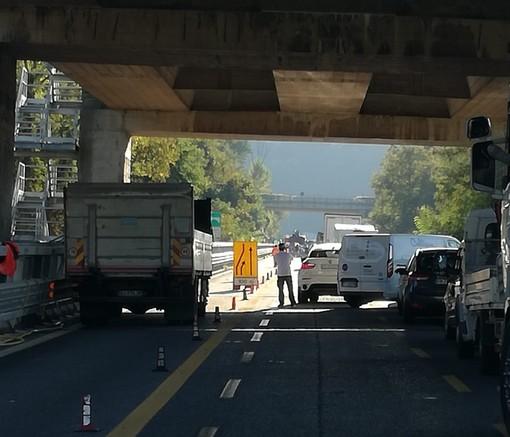 Incidente tra Savona e Altare lungo l'A6: mobilitati vigili del fuoco e sanitari