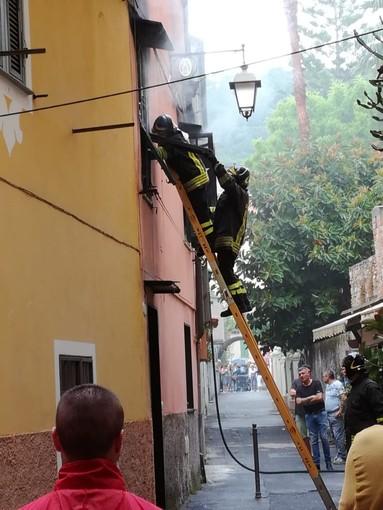 Laigueglia, incendio appartamento in via Dante