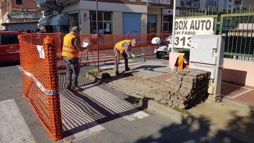 Albenga, avviato il piano per l'eliminazione delle barriere architettoniche: si comincia da viale Liguria