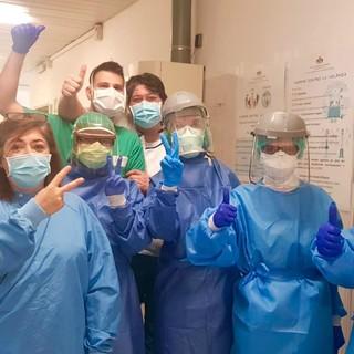 Coronavirus, al San Martino 78 nuovi nati dall'inizio dell'emergenza. Continuano le attestazioni di solidarietà al personale (FOTO)