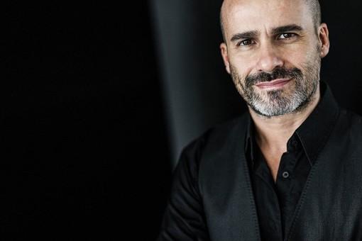 Jesus Castellano: il fotografo di Siviglia, maestro della luce