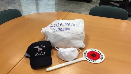 La Lega Navale di Albenga dona 150 mascherine alla Polizia Locale