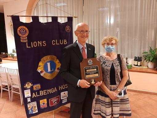 Lions Albenga chiude il 50° anno sociale: importanti riconoscimenti e ingresso di 5 nuovi soci