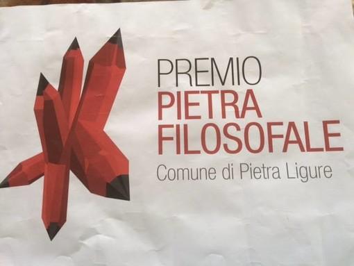 Nella foto: il logo realizzato da Sergio Olivotti per il concorso letterario dell'associazione Pietra Filosofale