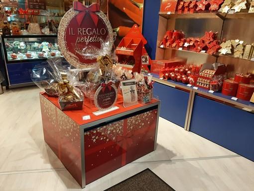 A Natale dona dolci e irresistibili cioccolatini da Lindt