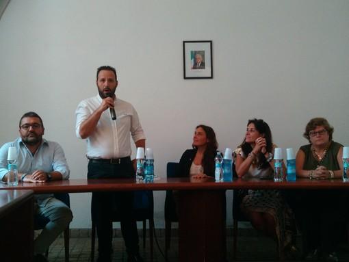 """Il ministro Alessandra Locatelli in visita a Toirano: """"Continuerò a viaggiare, non si governa da dietro una scrivania"""" (FOTO e VIDEO)"""