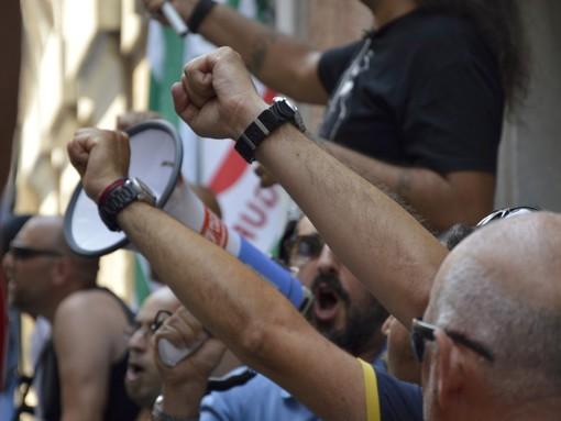 I lavoratori del mondo dello spettacolo e della cultura annunciano la mobilitazione permanente in Liguria: sabato 30 maggio presidio di protesta in piazza De Ferrari