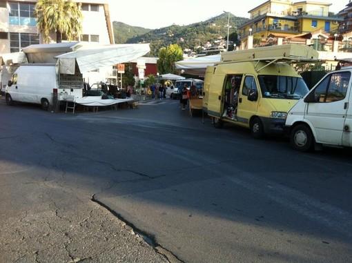 Riapre il mercato settimanale ad Alassio, ma solo per alimentari e prodotti florovivaistici