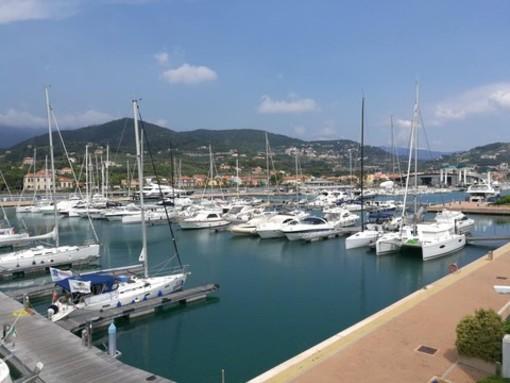 """Allo Yacht Club Marina di Loano un """"Happy Hour sul Mare"""" con The Liptones"""