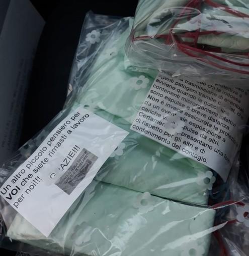 Pallare, per i commercianti mascherine fatte a mano donate dal locale Circolo S.M.S. (FOTO)