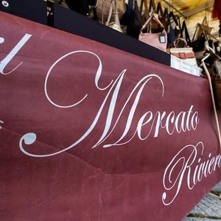 Shopping a cielo aperto a Varazze: domenica  24 ottobre torna l'atteso Mercato Riviera delle Palme