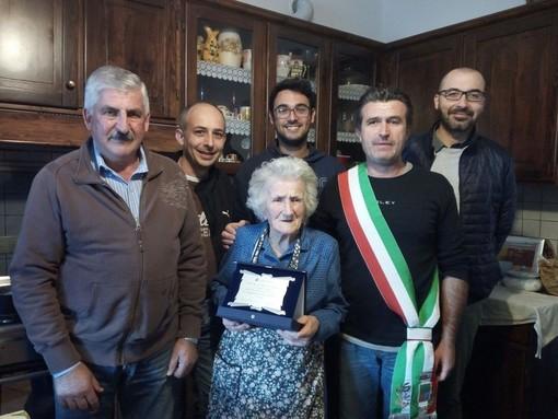 Lutto nella comunità di Giusvalla: è mancata all'età di 107 anni Armanda Pizzorno