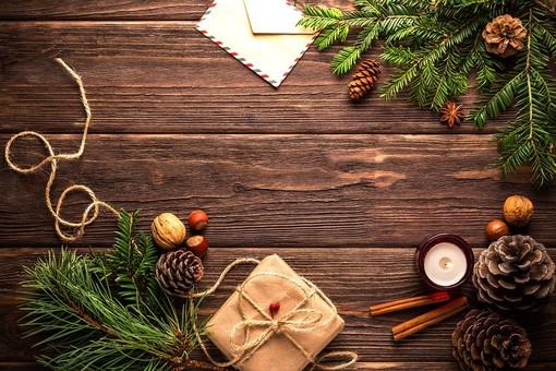 """I simpatici """"Nonni Arzilli"""" di Sereni Orizzonti animano il Natale a Savona e ad Albenga"""