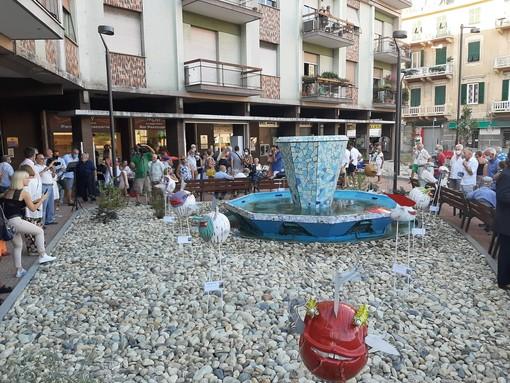 Risplende piazza Dante ad Albisola, inaugurato un rinnovato spazio artistico e urbanistico (FOTO E VIDEO)