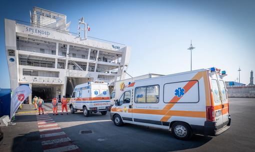 Coronavirus, nave-ospedale GNV Spendid: sale a 21 il numero dei pazienti a bordo